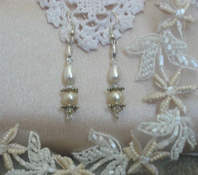 Wedding Pearl Drop Earrings £19.00