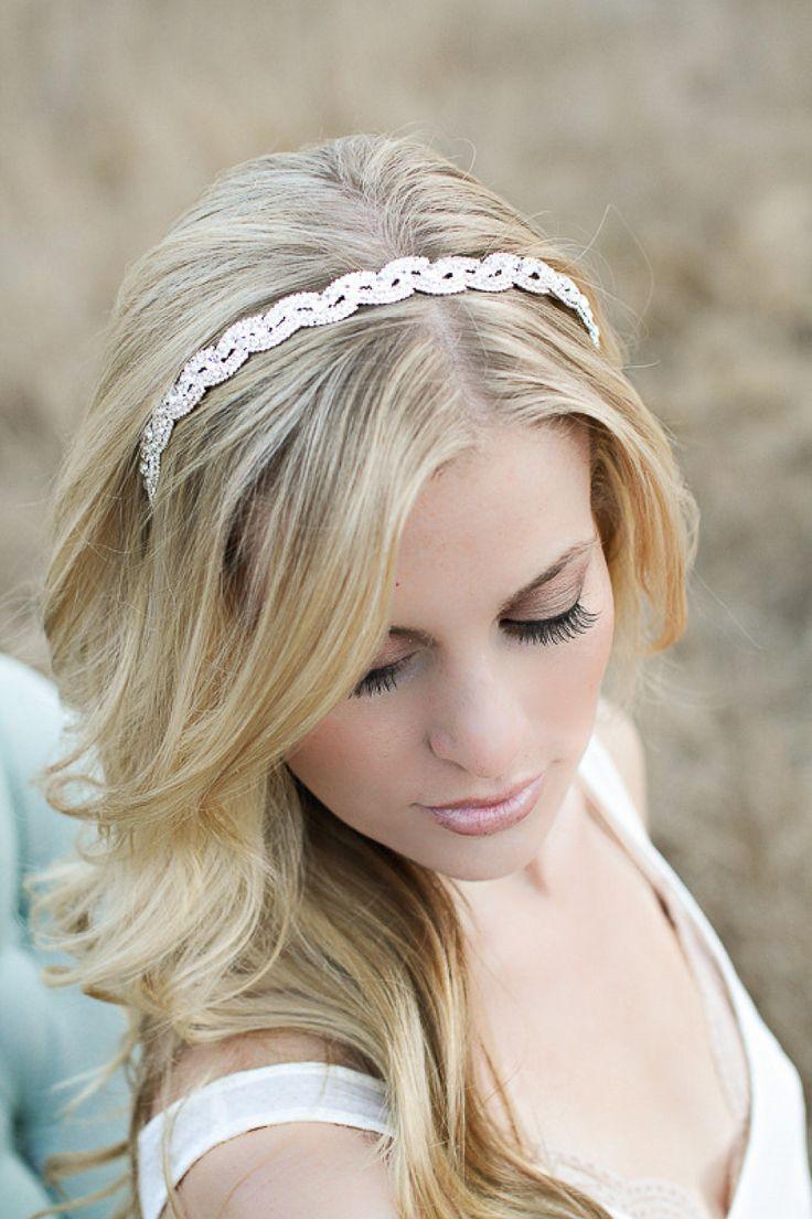 Pretty bridal makeup   Photography by Jennifer Ebert Photography / jenniferebertphotography.com, Jewelry by Prim