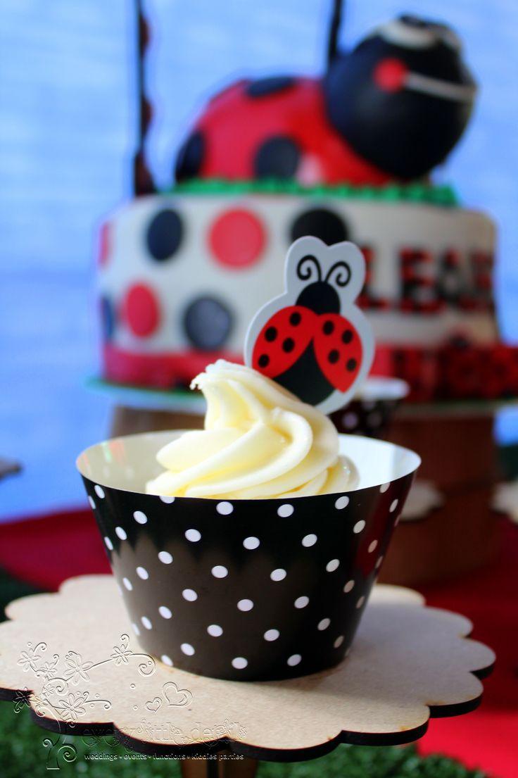Ladybug Cupcakes #Ladybug #1stBirthday #DessertTable