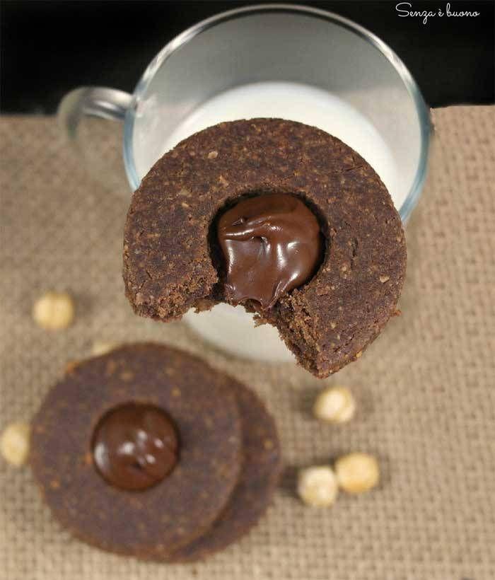 Biscotti alle nocciole senza glutine vegan e senza zucchero