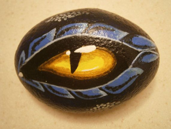 Painted Rock Quot Dragon Eye Quot Trays Rocks And Eyes