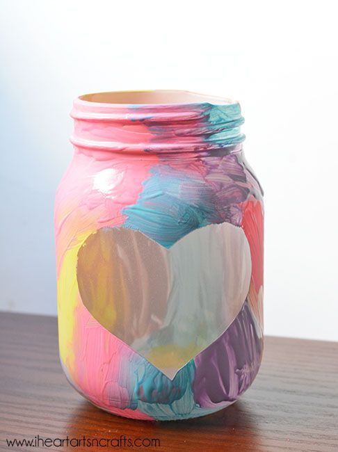 Kid-Made Picture Frame Vase - Perfect spring craft or Mother's Day gift!