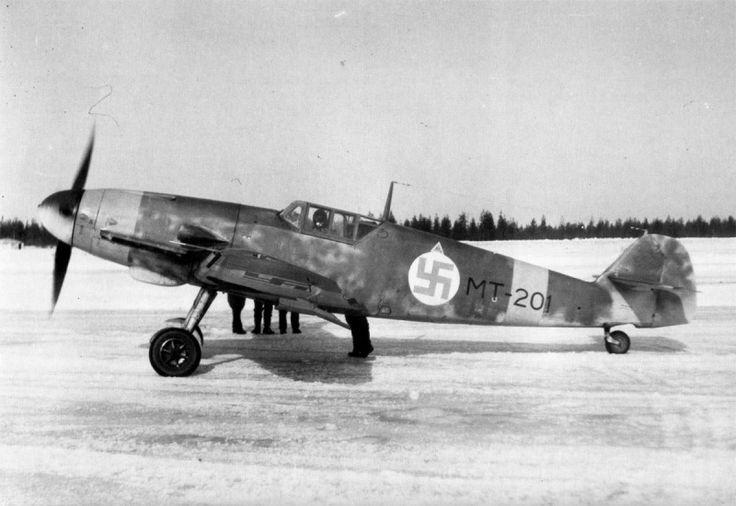 Finnish fighter Messerschmitt German production Bf.109G-2 Major Eino Luukkanen (Eino Luukkanen). 34 Squadron (LeLv34) Finnish Air Force.