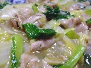 「白菜とチンゲン菜の豚バラ塩あんかけ」サッパリ塩あんかけで葉もの野菜をたっぷり召し上がれ♪【楽天レシピ】