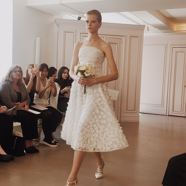 First look at oscar de la renta 39 s spring 2016 wedding for Oscar de la renta short wedding dress