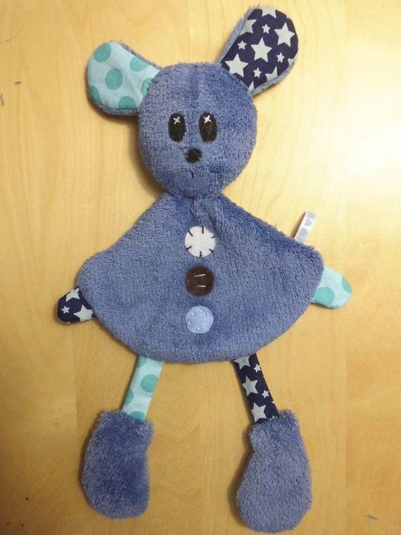 Doudou lapin bleu étoilé et à pois