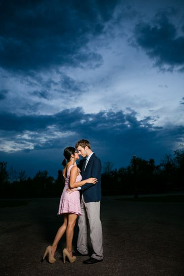 How to light nighttime portraits with off-camera flash - By Heather Kanillopoolos for Belovely You