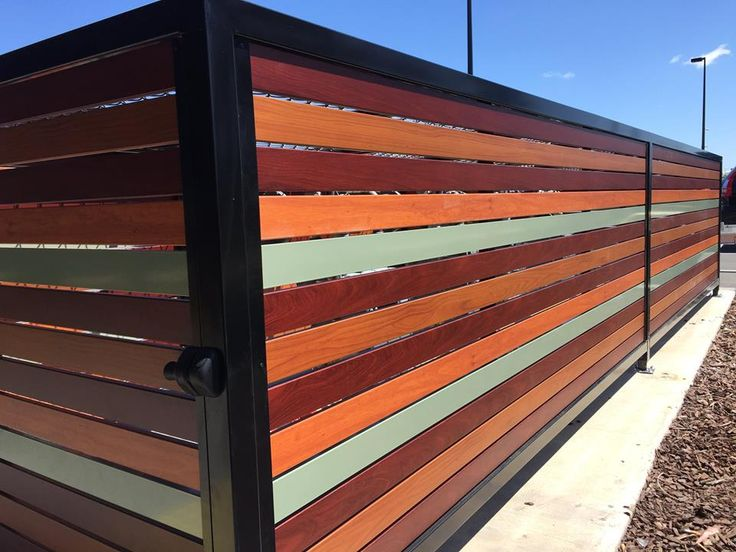 Wrap Your House Around the Best Aluminum Slat Fencing from Accolade® Screens