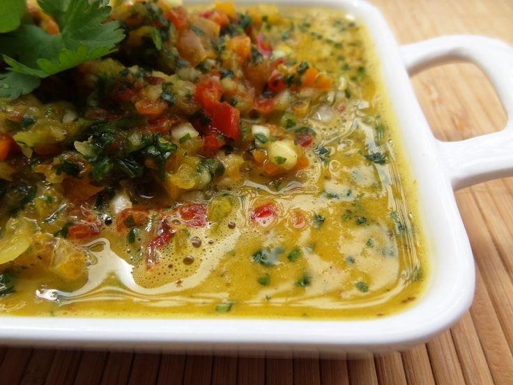 Cuisiner pour la paix : pour saluer les portoricains le jour de leur fête nationale voici la recette en photos de leur recette de sauce aux poivrons.