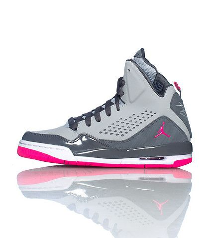JORDAN high top girl's sneaker Lace up closure Cushioned inner sole for comfort Padded tongue with pink jumpman logo