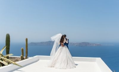 Luxurious Lebanese wedding at Santorini Gem in ivory and rose gold