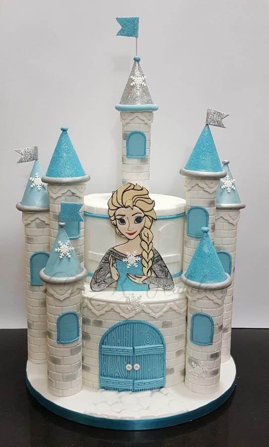 Frozen castle cake by TnK Caketory
