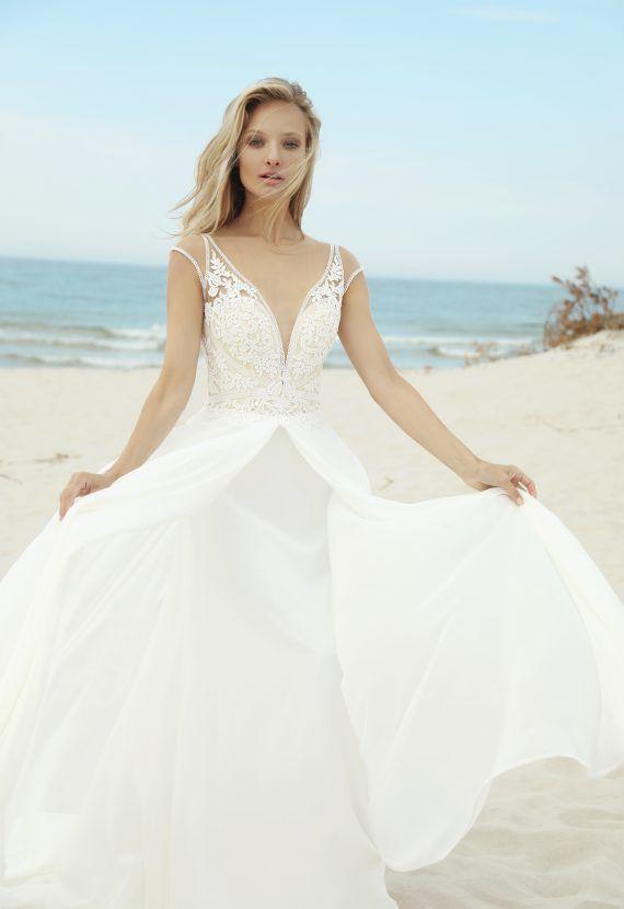4fa483fdc8 Wysmuklająca suknia ślubna Belize Formalne Sukienki