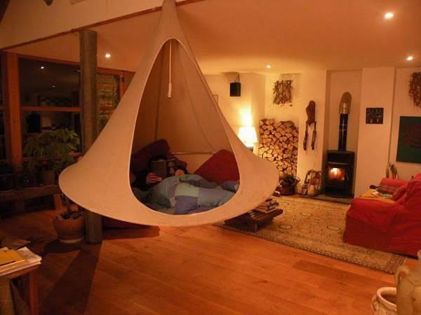 * Cacoon: la tenda-amaca che si appende sull'albero o in salotto