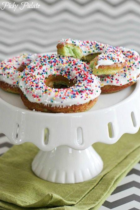 25+ best ideas about Sprinkle Donut on Pinterest | Frost ...