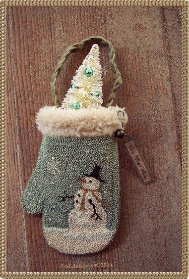 Winter Snowman Primitive Original Christmas Punch Needle Mitten Ornament Hanger | eBay