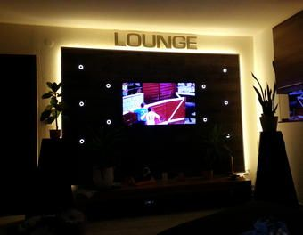 Wohnwand / TV Wand selbst gebaut - Teil 2 - LED Beleuchtung LED,Beleuchtung,Wohnzimmer,tv wand,Lowboard,Stripes