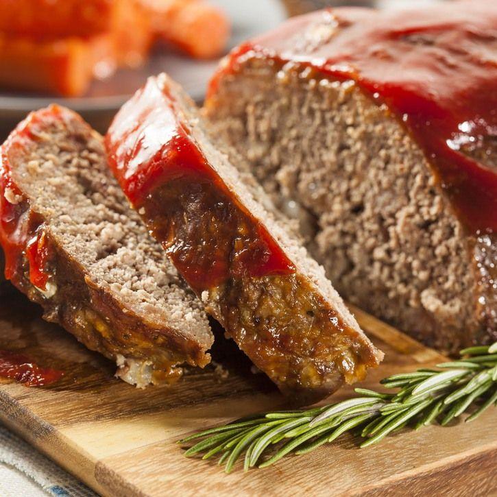 A Delicious Classic Meatloaf Recipe Recipe Homemade Meatloaf Good Meatloaf Recipe Best Meatloaf