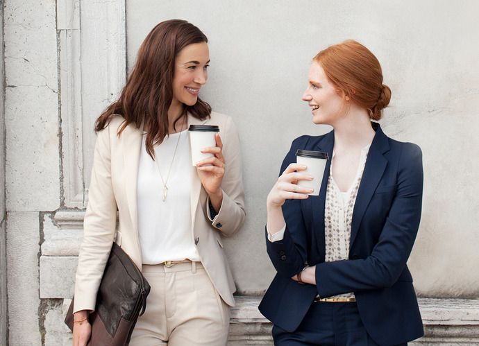 How Women Lawyers Should Dress The World According To