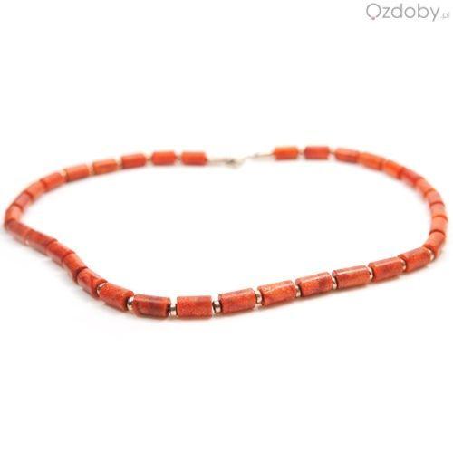 Przepiękny naszyjnik wykonany z naturalnego czerwonego korala i zapięciem najwyższej jakości srebra.