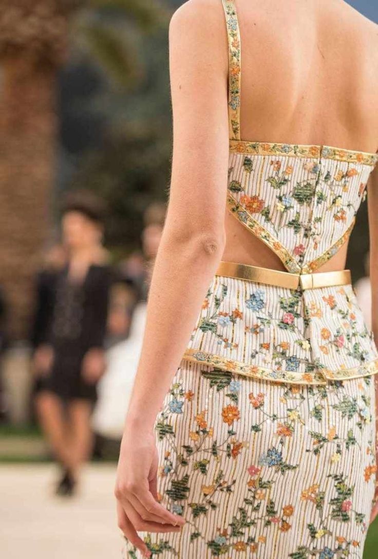 The Better of Paris Couture Week: Chanel Spring/Summer time Haute Couture 2019 ~ alley …