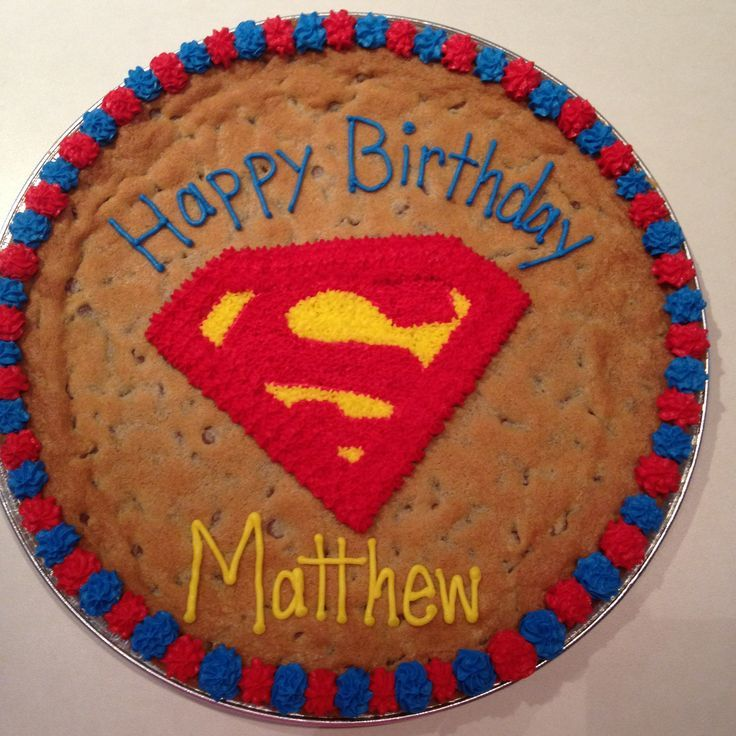 superman cookies cake | Superman cookie cake | Cheeky Cakes | Pinterest