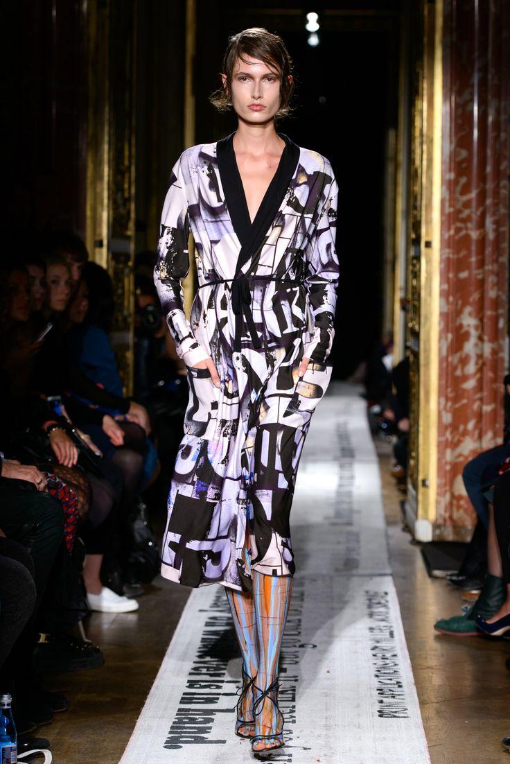 Gosia Baczyńska - Paris Fashion Week - SPRING/SUMMER 2015 - BLOG: www.yesismybless.com/inteligentna-prowokatorka-gosia-baczynska-w-paryzu / fot. Filip Okopny #summer #spring #collection #parisfashionweek #paris #poland #designer #catwalk #presentation #models #clothes #fashionshow