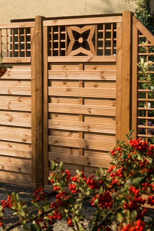 Leroymerlin Leroymerlinpolska Dlabohaterowdomu Domoweinspiracje Ogrod Plot Plotdrewniany Backyard Design Small Patio Backyard Patio