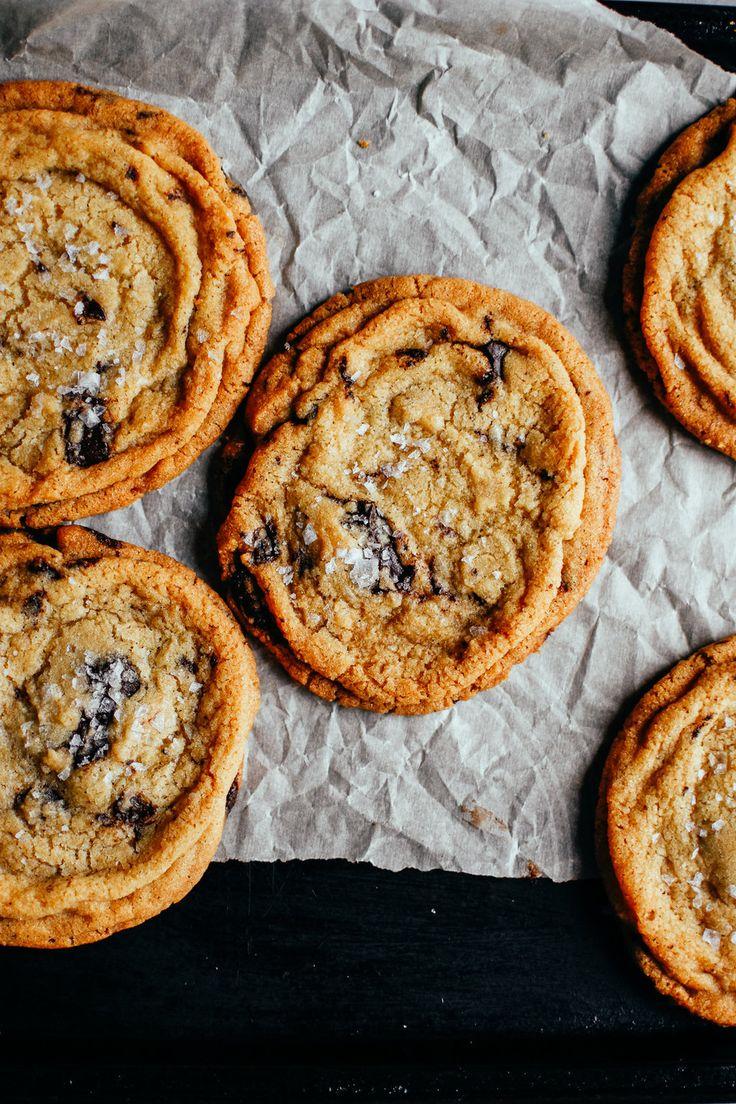 pan bangin' chocolate chip cookies — the farmer's daughter