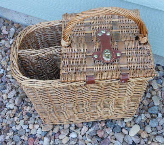 Wicker Picnic Basket Vintage Women Men Father's by hcgboottops1111, $29.99