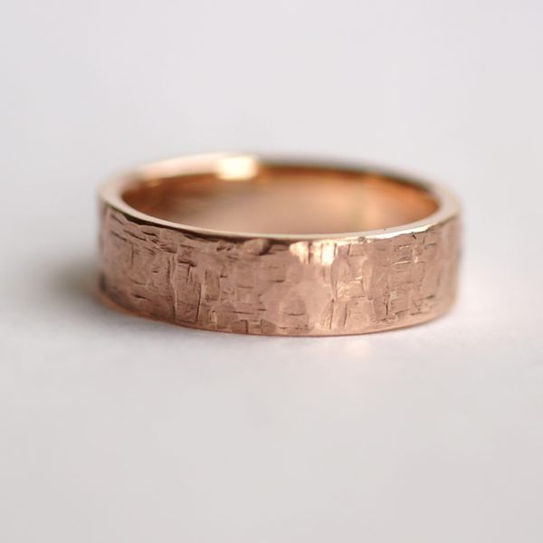 04a275a11eddd Rock Texture 9k Rose Gold Ring: Simple hammered wedding band made of ...