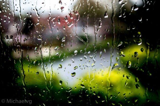 Fotografie druppels op een regenachtige dag