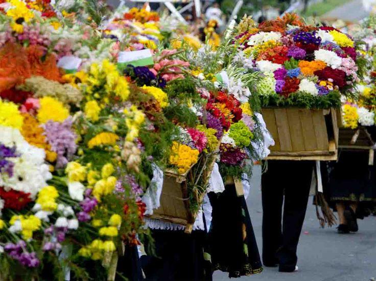 Llega la Feria de las Flores 2017 en San Ángel, una tradición al sur de la CDMX que muestra su riquesa cultural y artesanal que no debes perderte
