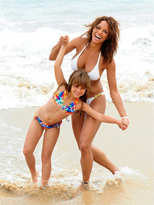 Eva LaRue with her daughter Kaya at the beach