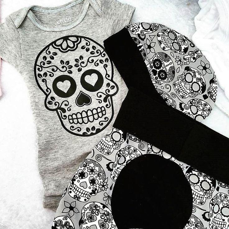 Baby Gift Set with Grow Along Pants and Matching Bodysuit Grey Sugar Skulls