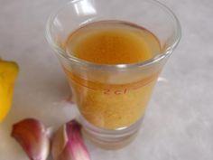 Knoblauch-Zitronen-Elixier anwenden