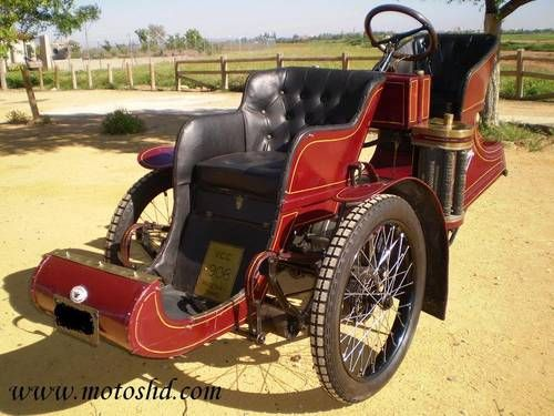 Phoenix Trimo Forecar 1906. Spectacular three wheeler... More like today's electric cars.
