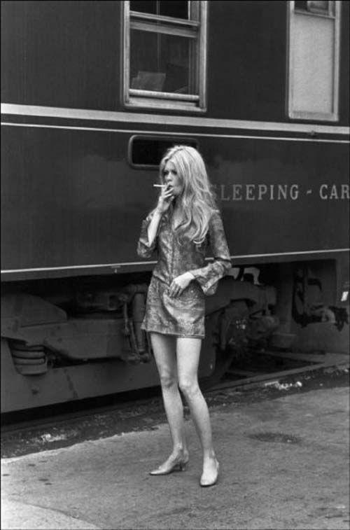 TRAIN STATION SMOKE - Brigitte Bardot