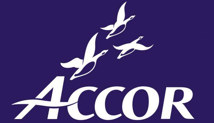 Accor покупает FRHI Holdings за $3 млрд. Портфель брендов гостиничного оператора пополнят: Fairmont, Raffles и Swissotel.