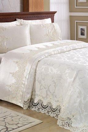Evlen Home & Alanur Home Collection - Çift Kişilik Oscar Dantelli Pike Takımı Krem 2000001061632 %49 indirimle 359,99TL ile Trendyol da