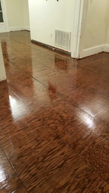 Furniture grade plywood wood floors with clear gloss and red oak stain