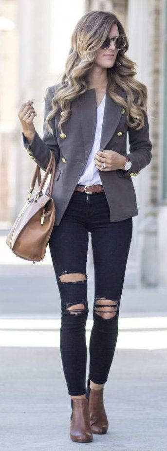 #winter #fashion /  Grey Blazer + Destroyed Skinny Jeans