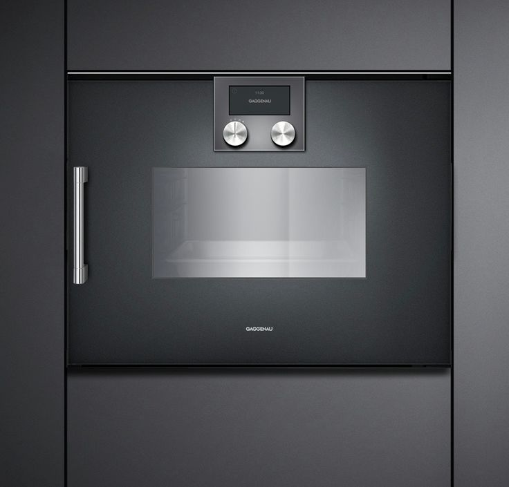 Steam Oven 200 Series - Low temperature steaming, regenerating, thawing, dough proving and much more - the BSP 220/BSP 221 opens up new dimensions. 100 percent humidity at temperatures of 30°C to 100°C offers all the advantages of pressureless steaming.