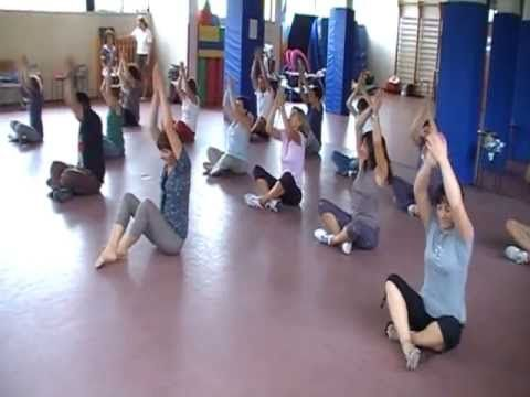 ▶ Sasa Nukufetau - (danza con percusión corporal) PEDAGOVILA - YouTube