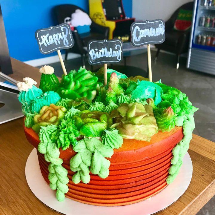 Sugarfoot's Cupcakes Food, Desserts, Bakery