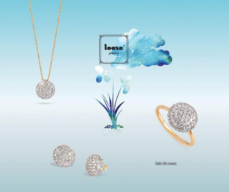 Gorgeous é um simples e precioso conjunto em ouro de 19.2k com um extraordinário pendente com 62 diamantes.  É um conjunto perfeito para todas as mulheres que procuram um complemento subtil e elegante.  A sua simplicidade é a chave do sucesso destas jóias.  Os diamantes são os protagonistas indiscutíveis destas jóias. Este Verão brilhe com jóias Looxe! #looxe #outfit #colar #ouro #joias #verão #brincos #gorgeous #anel #moda #acessoriosdemoda #diamantes Ref: 5267A