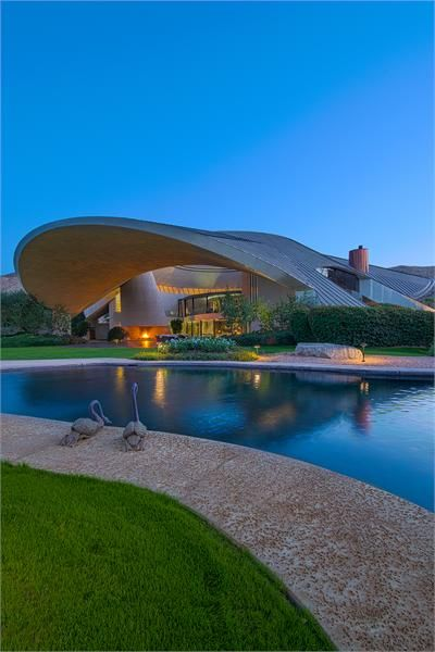 HISTORIC BOB AND DOLORES HOPE ESTATE  |  Palm Springs, CA  |  Luxury Portfolio International Member - Windermere Real Estate Southern California