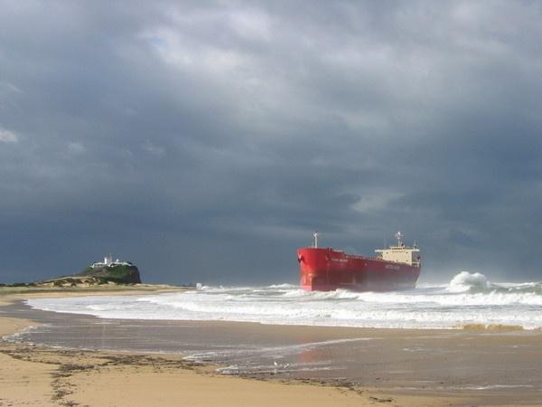 The MV Pasha Bulker  Newcastle  - #Australia  June 2007 floods - the Pasha washed up at Nobbys Beach !!