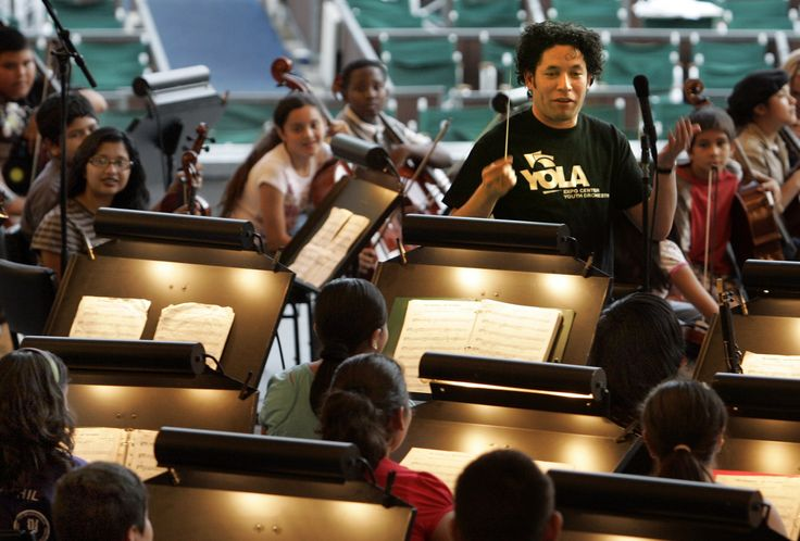 CAs Art   Why eavesdrop on morning rehearsals at the Hollywood Bowl?  Parking and admission FREE! Pictured: Gustavo Dudamel (Lawrence K. Ho / Los Angeles Times)