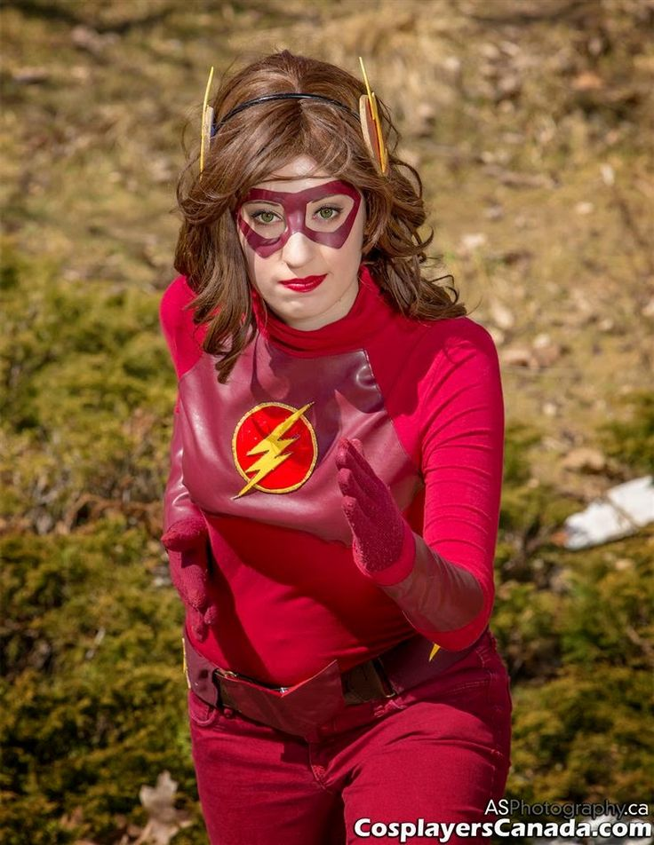 Cosplayers canada the flash at mtcc 2015 comic con